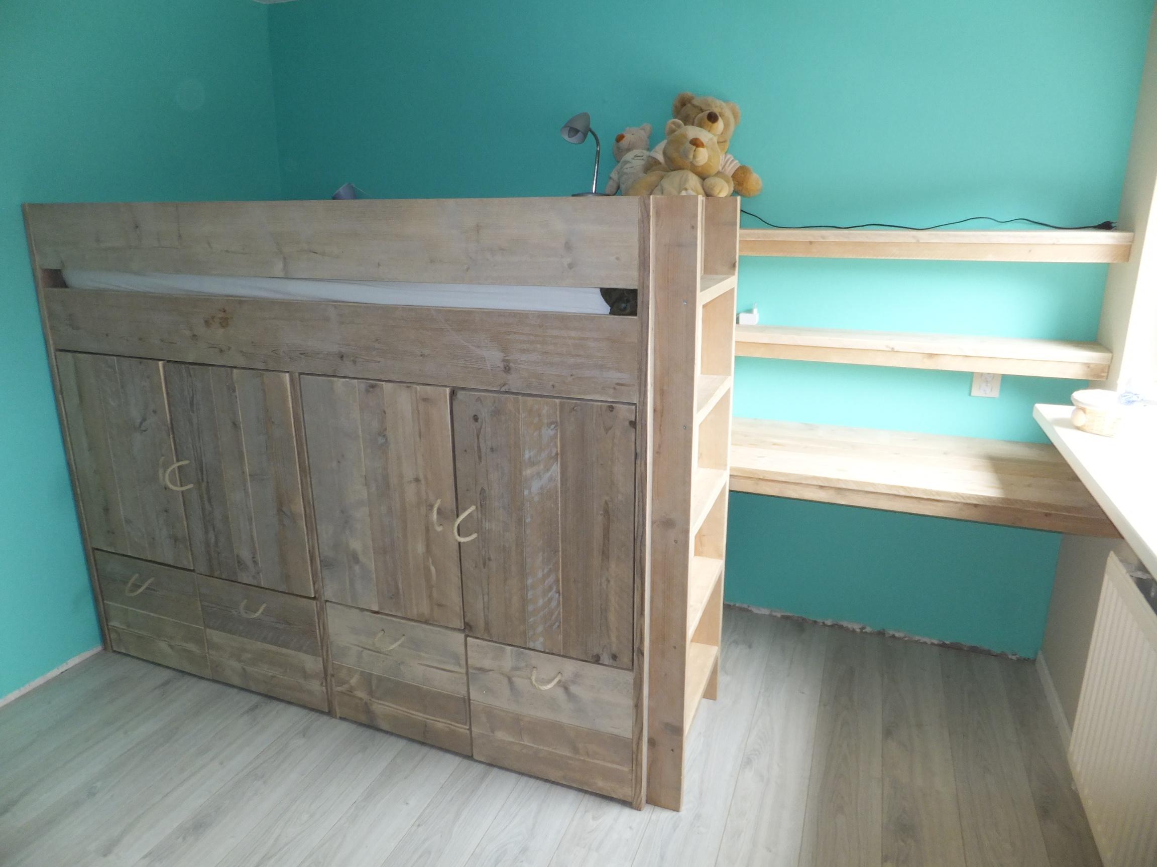 Hoogslaper Met Kast : ≥ steigerhouten halfhoogslaper incl kast tip slaapkamer
