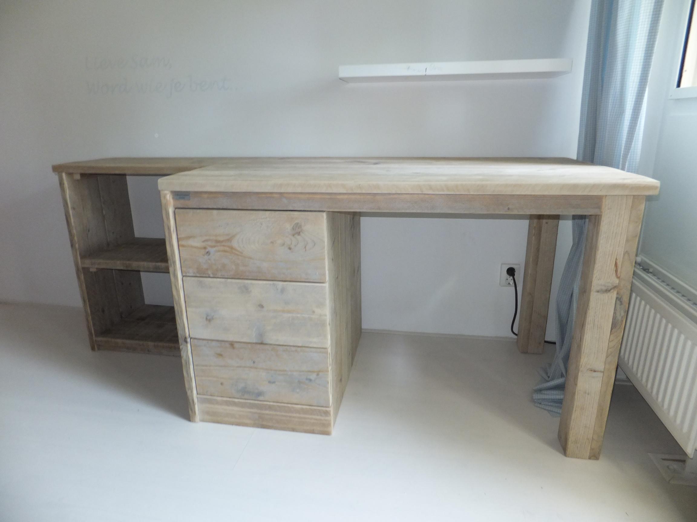 Buro inclusief open bergruimte jl meubelmaatwerk for Buro k erpent