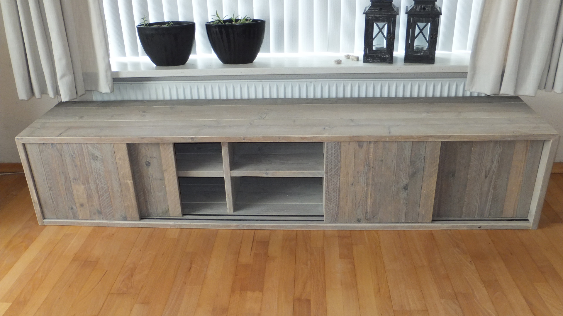 tv meubel 250 cm affordable tv dressoir tobi with tv meubel 250 cm cheap vidaxl tvmeubels. Black Bedroom Furniture Sets. Home Design Ideas