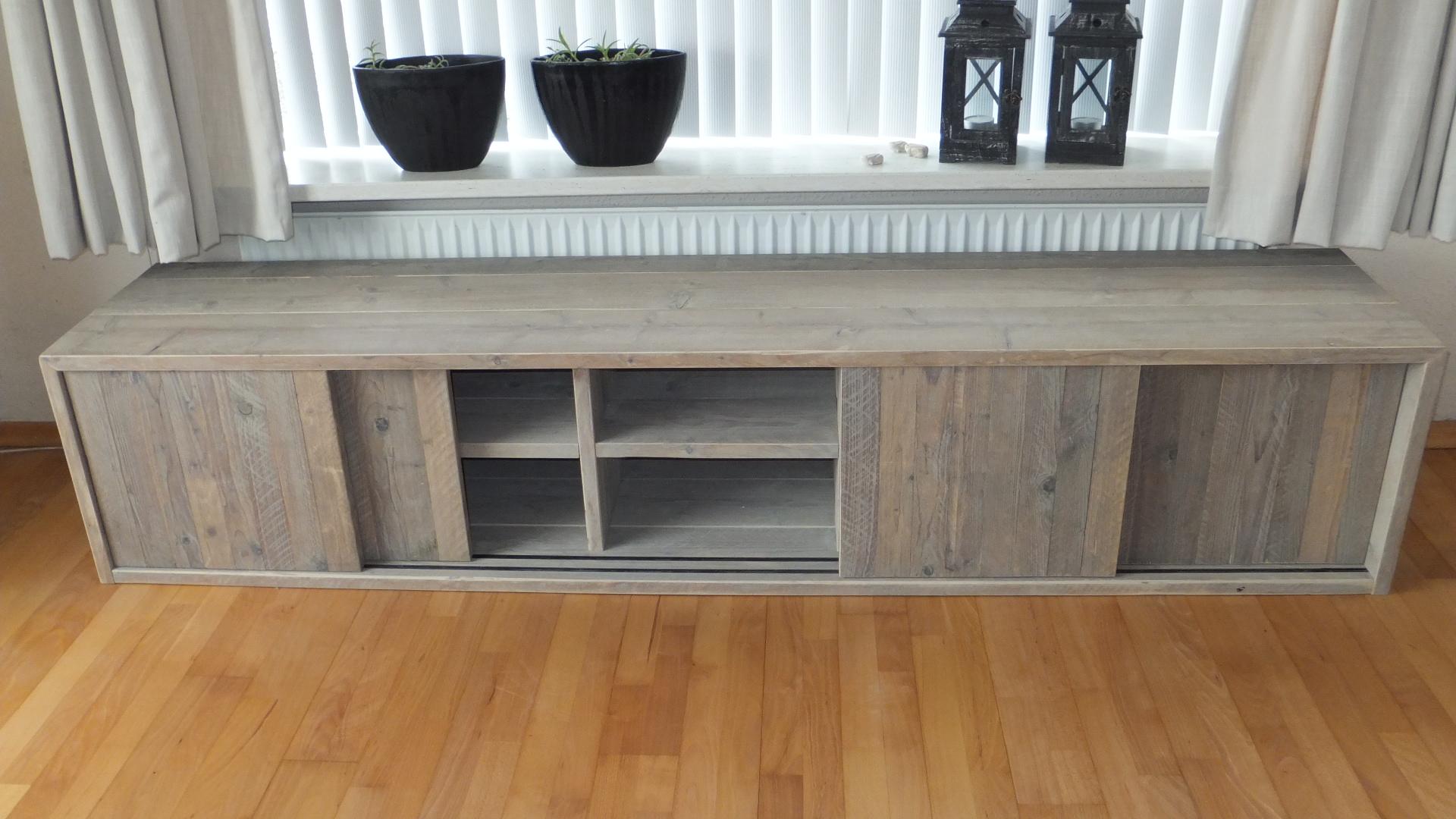 Steigerhouten tv meubel jl meubelmaatwerk for Steigerhout tv meubel maken